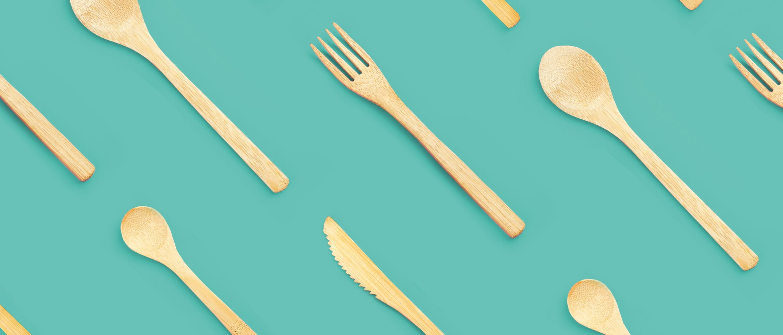 Bambusta tehtyjä aterimia