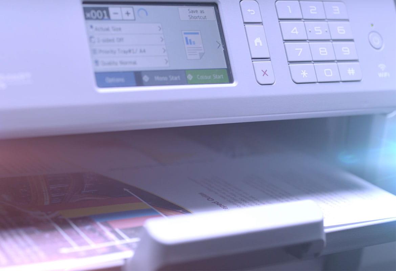 Brother MFC-J6947DW Business A3 og A4 blekkskriver med utskriftsalternativer på LCD-skjerm