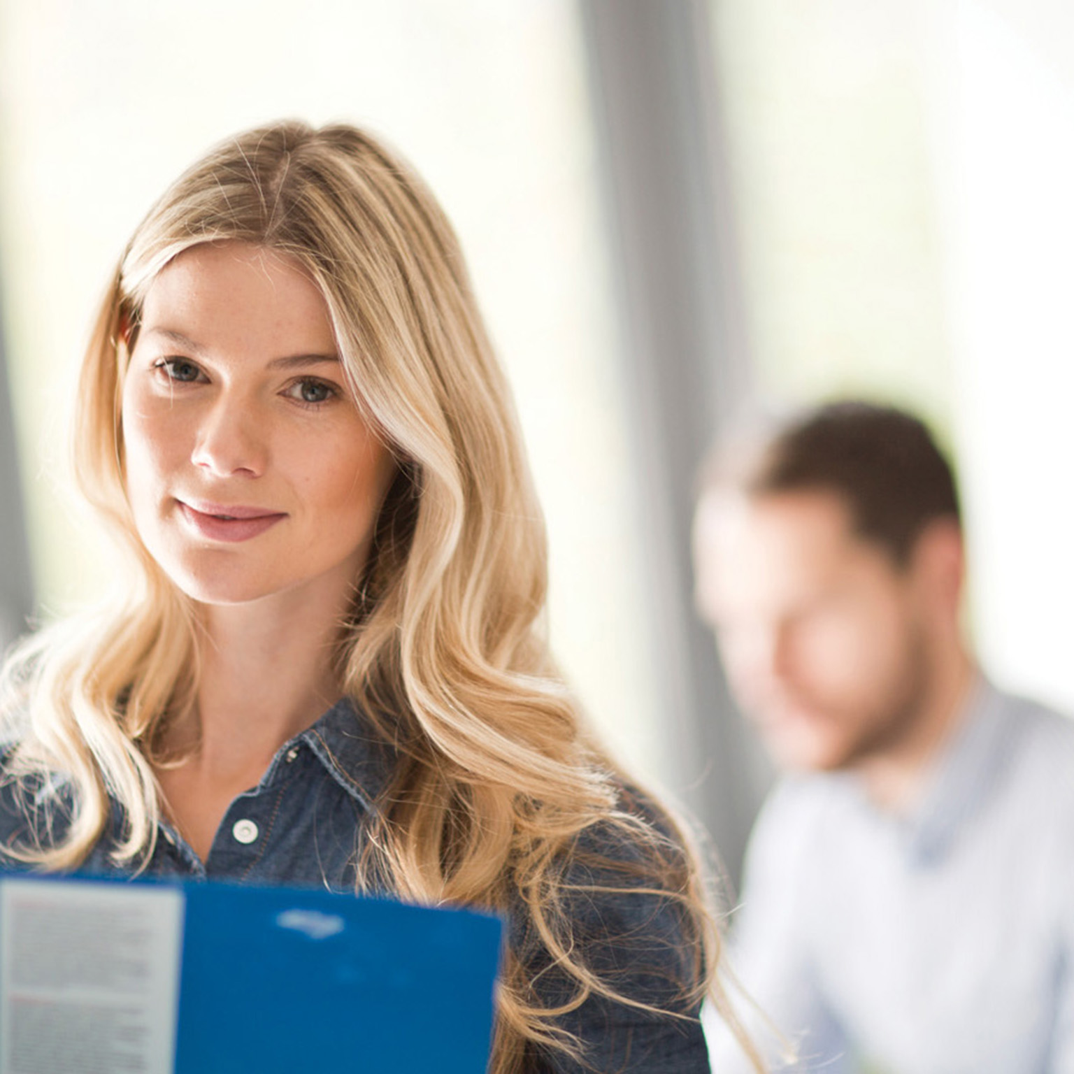 Forretningskvinne på kontoret