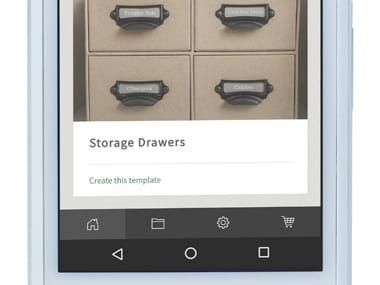 Brother P-touch Design & Print app zoomet inn på smarttelefon, viser ett program med bilde av oppbevaringsskuffer