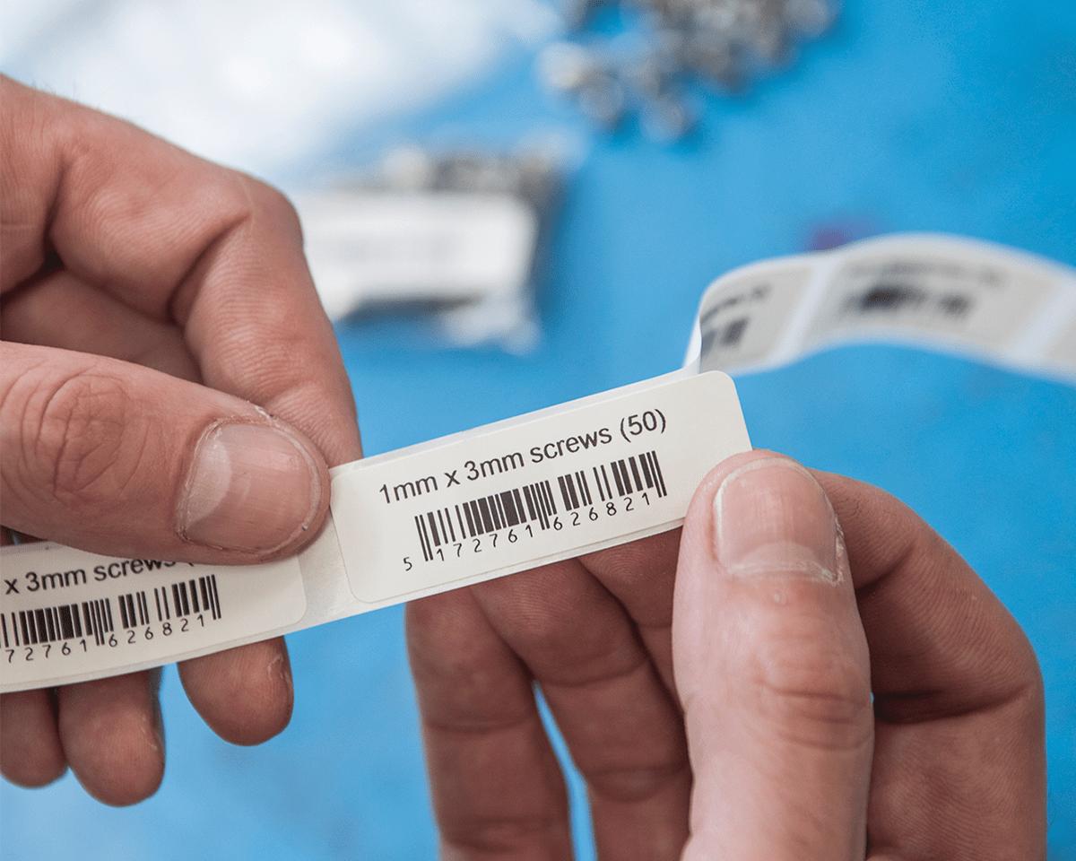 QL1110NWB etikettskriver for leveranseetiketter i bredt format med strekkoder 6