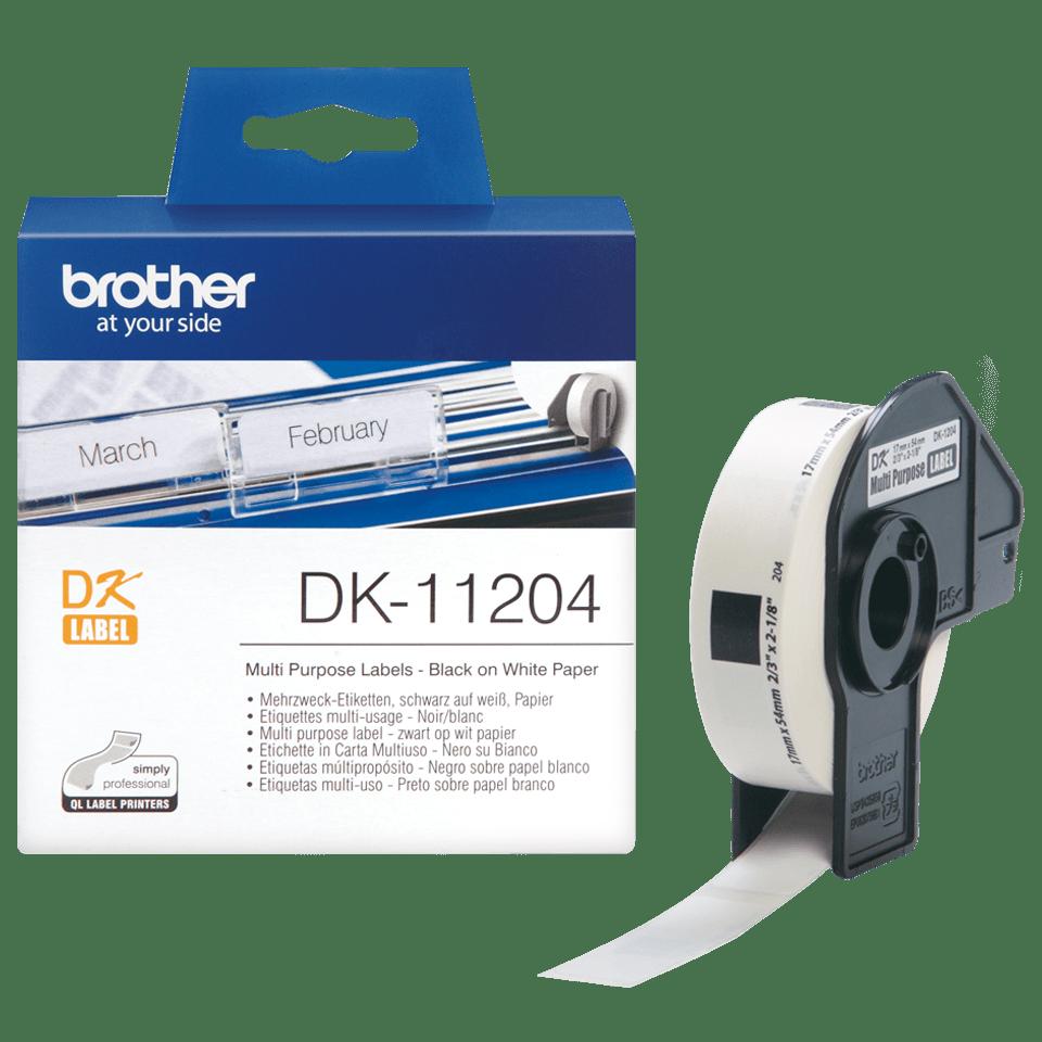 En rull og en farpakning med Brother DK11204 universaletikett – sort på hvit, 17 mm x 54 mm