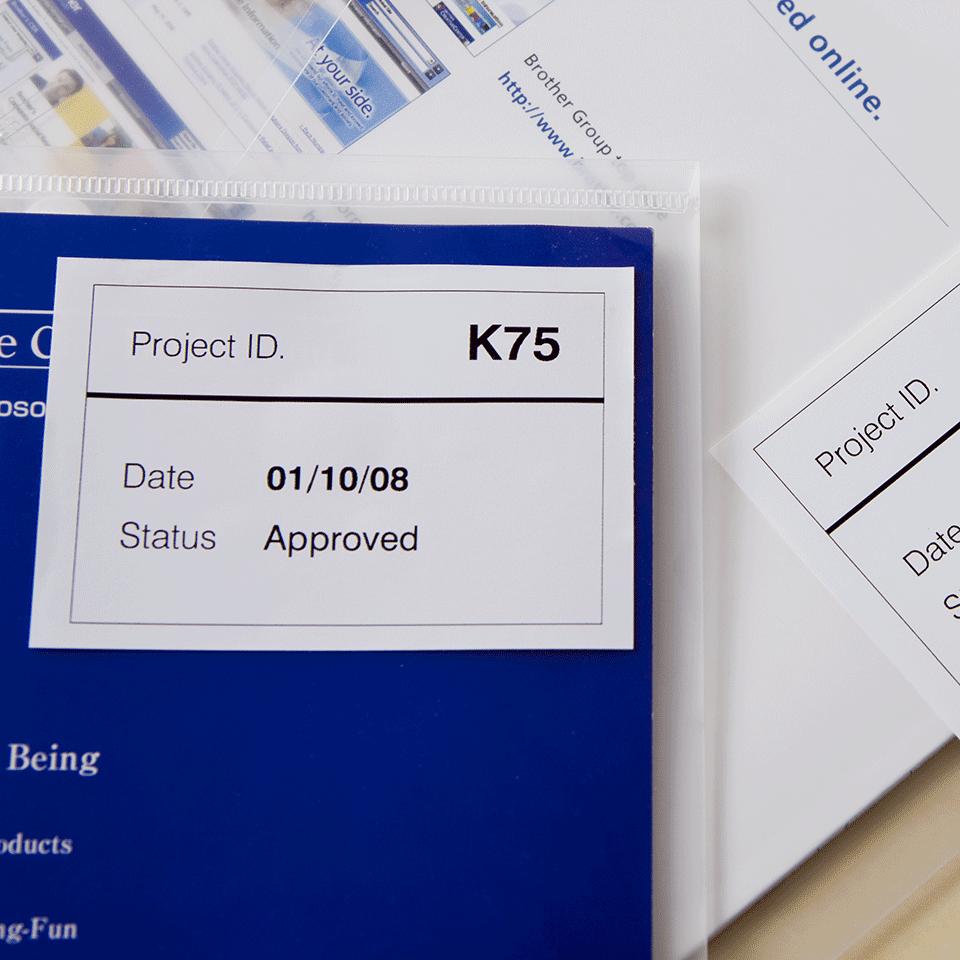 Brother original DK44205 avtagbar taperull i papir i løpende lengde - sort på hvit, 62 mm bred 2