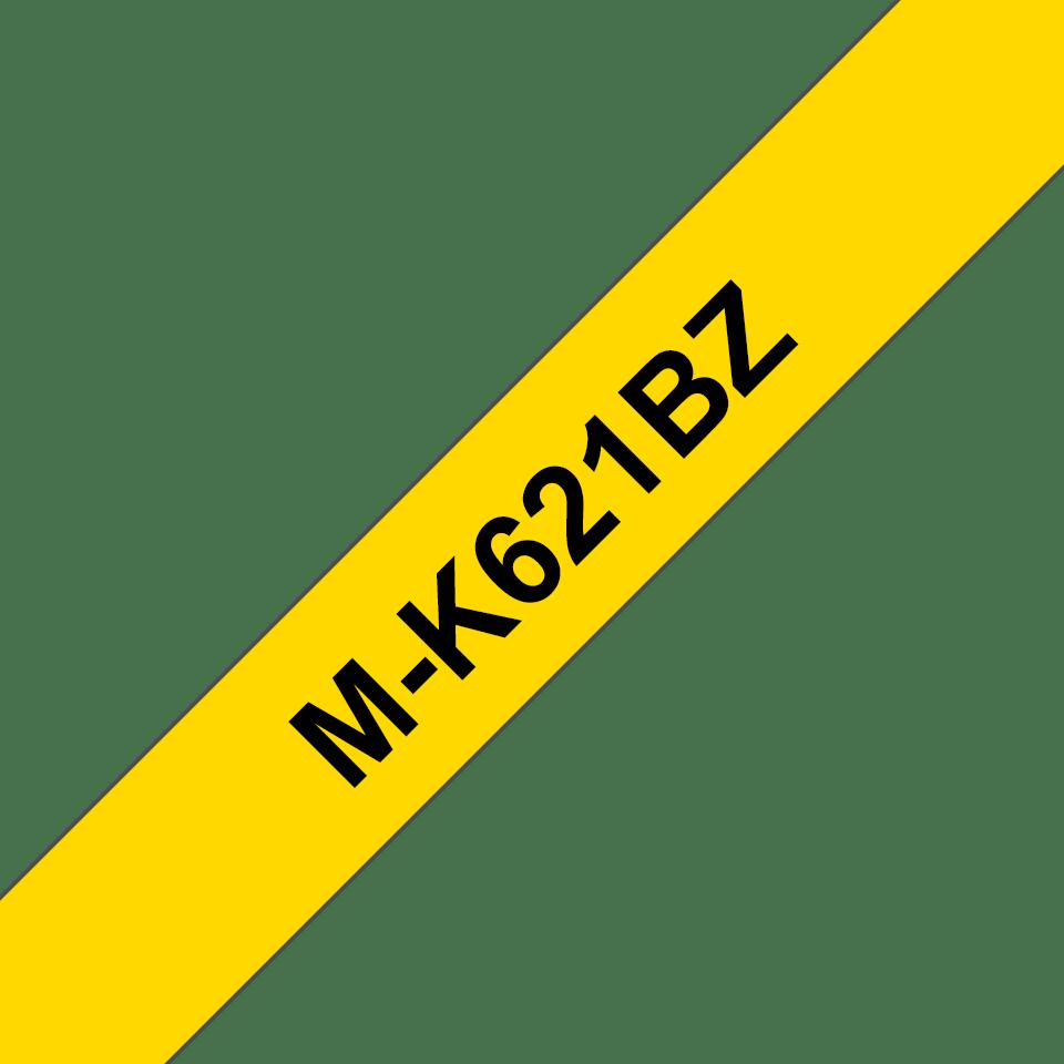 Original Brother MK621BZ merketape – sort på gul, 9 mm bred 2