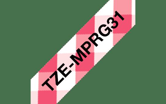 Brother original TZeMPRG31 laminert matt merketape - sort tekst pårødt rutemønster, 12 mm bred
