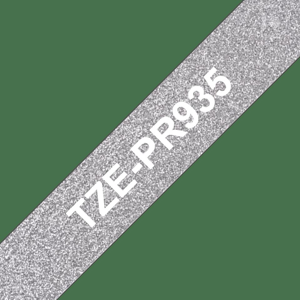 Original Brother TZePR935 merketape -  hvit på glitrende sølv, 12 mm bred